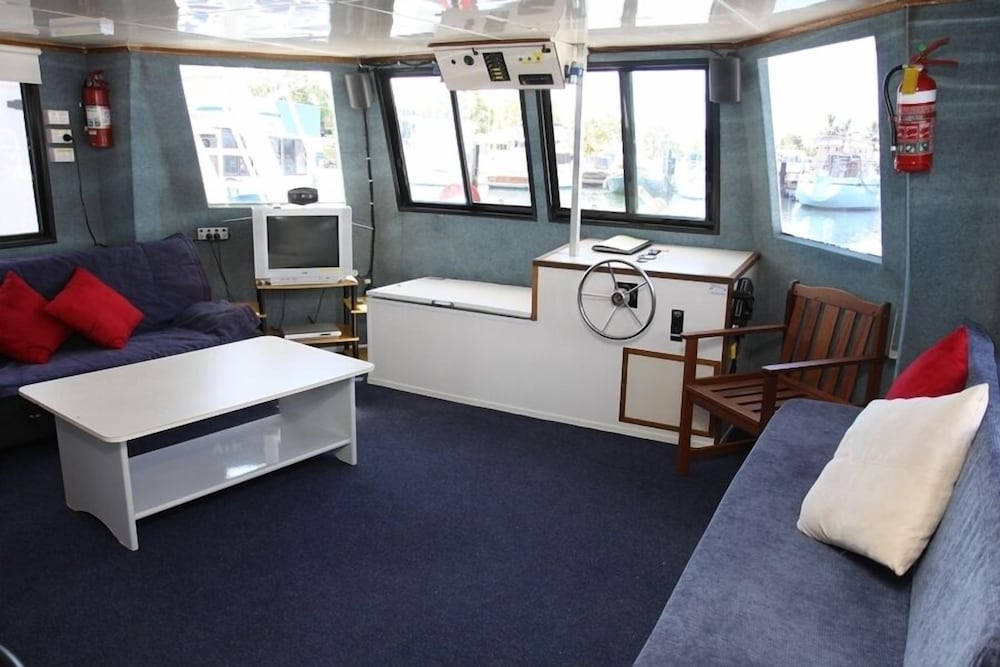Boyds Bay Houseboat Holidays Deals  U0026 Reviews  Tweed Heads