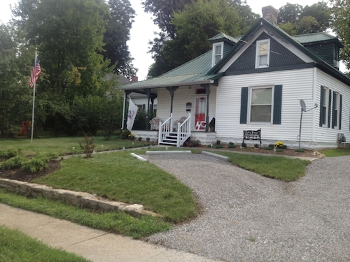 Great Place to stay Cadiz Street Bed And Breakfast near Princeton