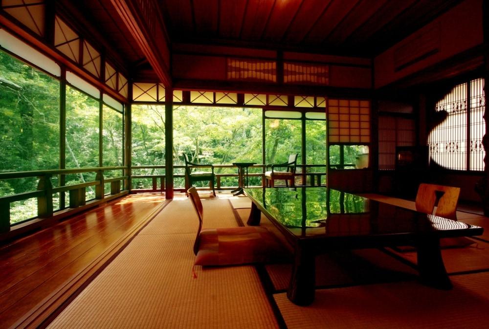 みやじまの宿 岩惣 Expedia提供写真
