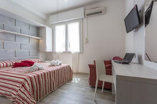 Hotel dafne ravenna ita best price guarantee lastminute