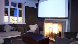 40-inch plasma TV with digital channels