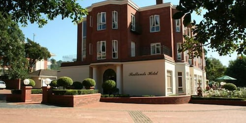 Featured Image, Redlands Hotel