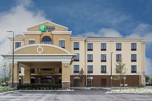 Great Place to stay Holiday Inn Express & Suites Orlando East - UCF Area near Orlando