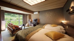 In-room safe, laptop workspace, free WiFi