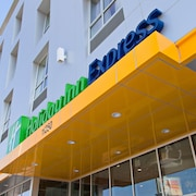 Holiday Inn Express North Hollywood - Burbank Area