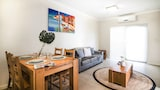 Airport Apartments by Aurum - Redcliffe Hotels