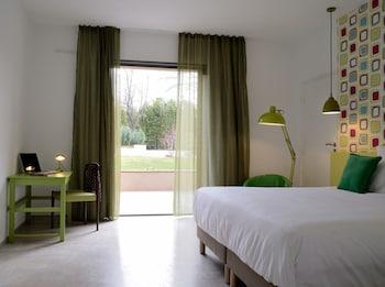 Hôtel 96, 96 chemin de la Soude, 13009 Marseille, France.