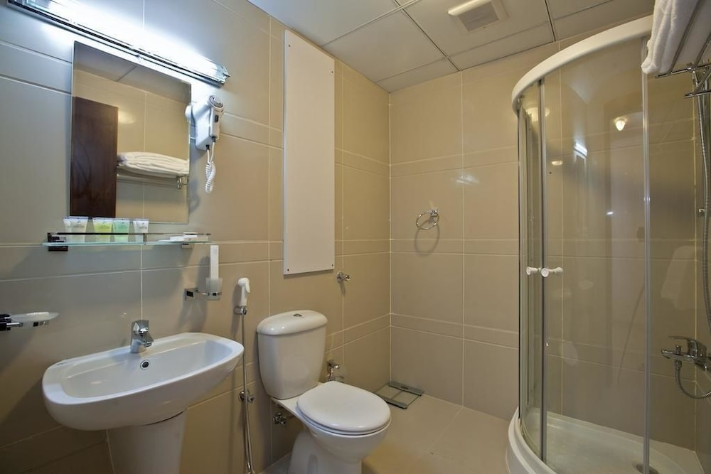Bathroom, Doha Downtown Hotel Apartment