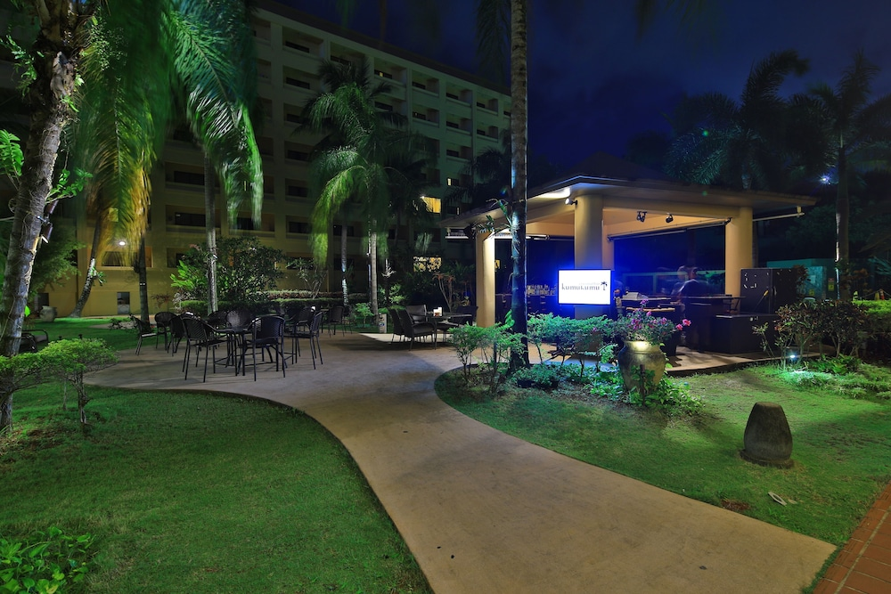 Property Grounds, Guam Plaza Resort & Spa