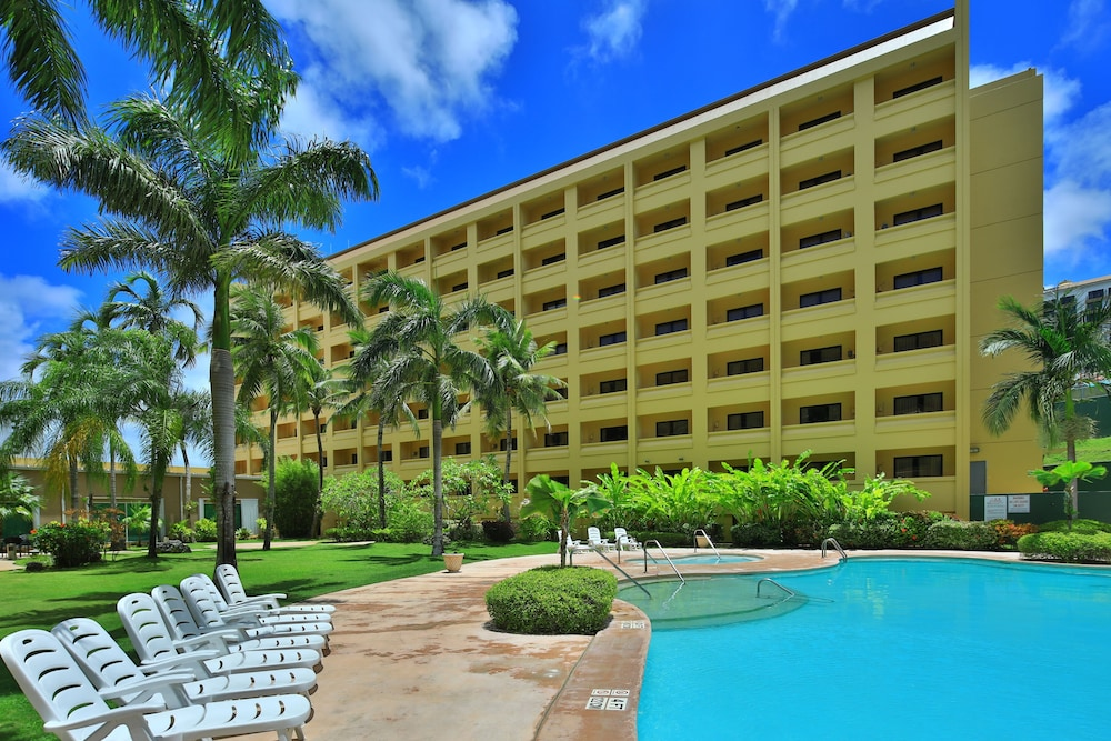 Outdoor Pool, Guam Plaza Resort & Spa