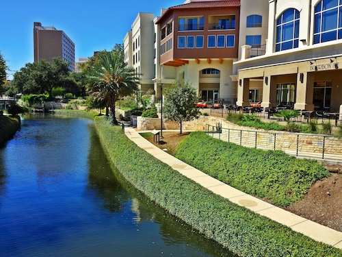 Great Place to stay Wyndham Garden San Antonio Riverwalk/Museum Reach near San Antonio