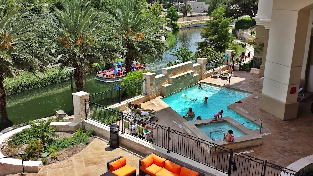 Garden Walk Inn: Wyndham Garden San Antonio Riverwalk/Museum Reach In San