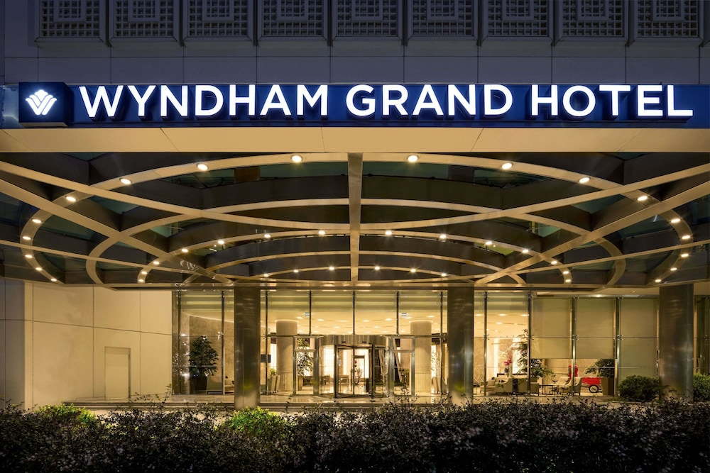 Exterior, Wyndham Grand Istanbul Europe