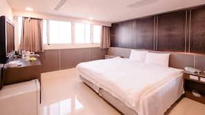 埃及棉床單、羽絨被、設計自成一格、家具佈置各有特色