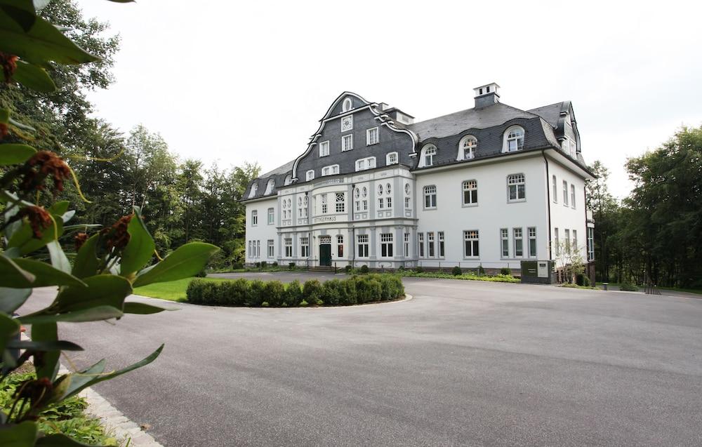 Seminar- & Freizeithotel Große Ledder, Wermelskirchen ...