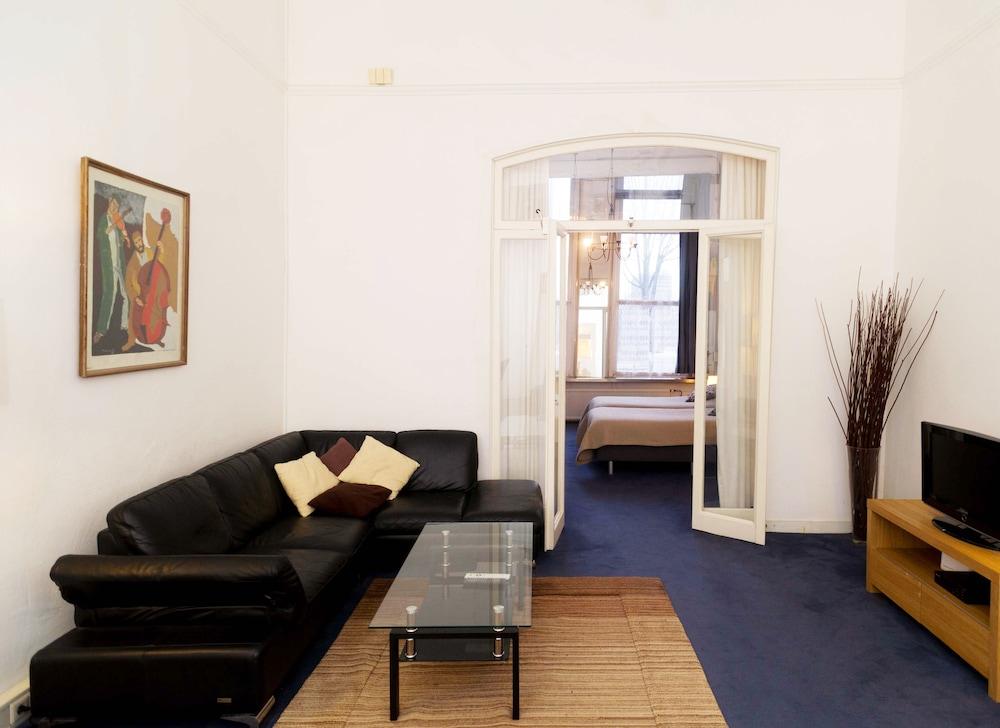 Book Prins Hendrik Apartments Amsterdam Hotel Deals