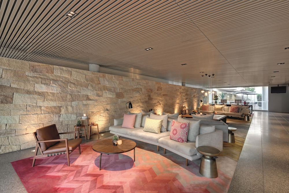 Outdoor Dining Featured Image Lobby