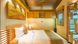 1 bedroom, premium bedding, memory foam beds, in-room safe