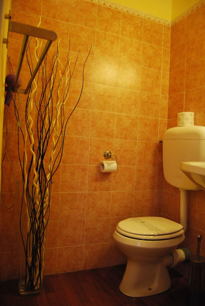 Bathroom, Core de Roma Suites
