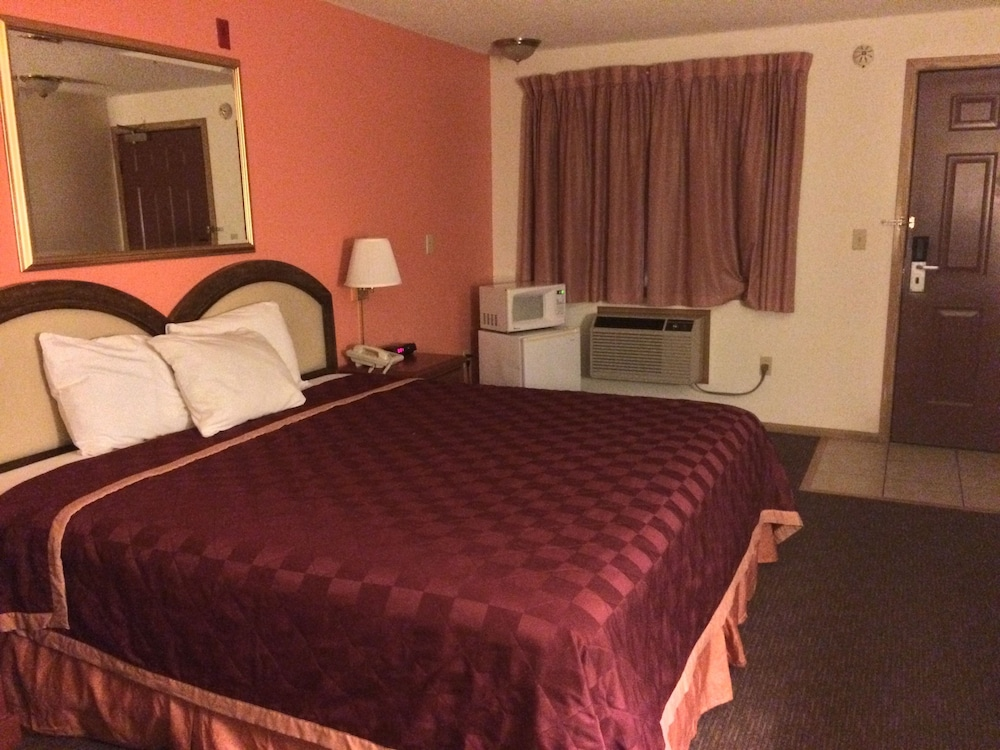 Room, King Oscar Motel