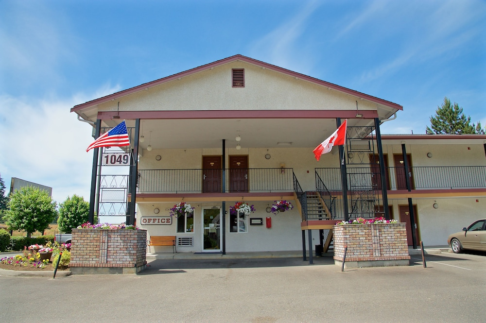 Front of Property, King Oscar Motel