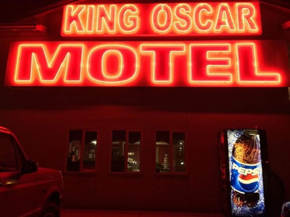 Front of Property - Evening/Night, King Oscar Motel