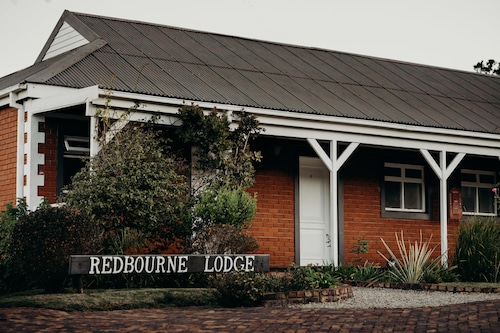 Redbourne Country Lodge- Lion Roars Hotels & Lodges
