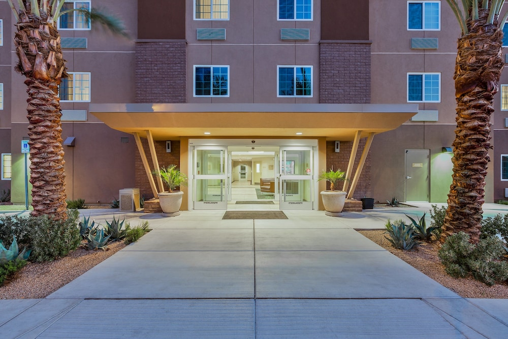 Exterior, Candlewood Suites Tucson, an IHG Hotel