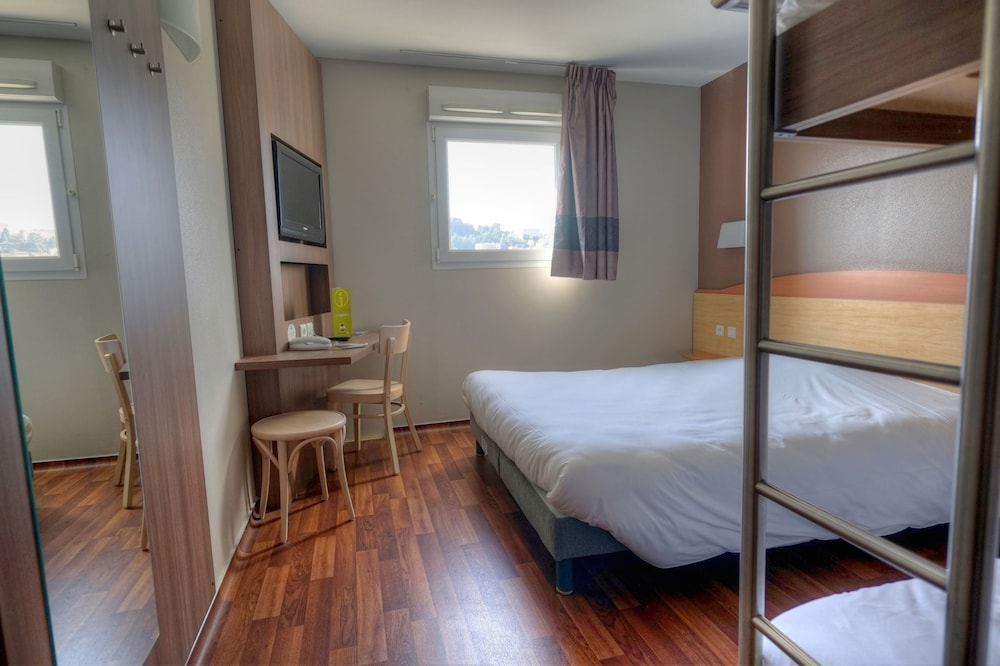 Hotel Saint Etienne Monthieu