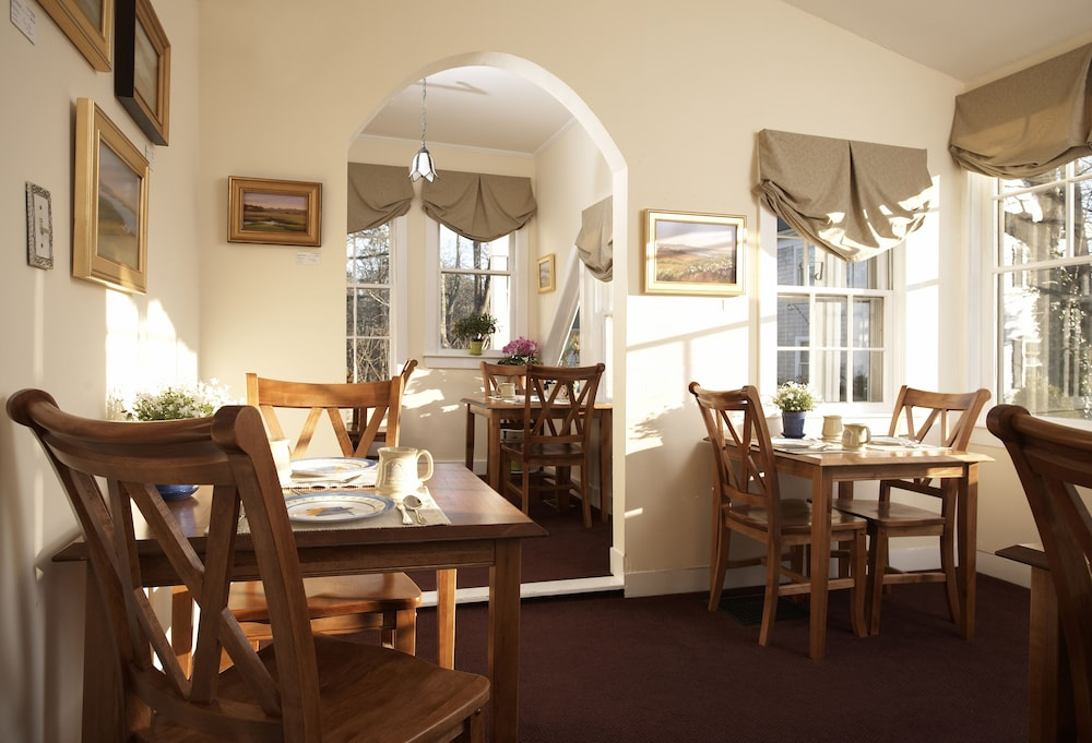 Breakfast Area, The Inn At Cape Cod