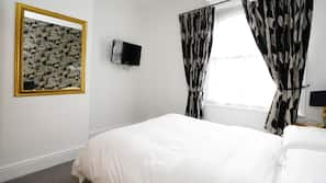 Desk, iron/ironing board, free WiFi, linens