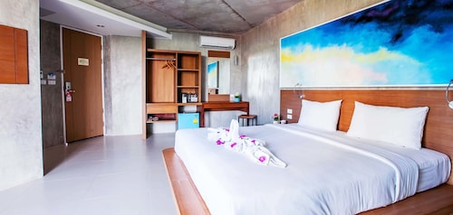 B2 Sea View Pattaya Boutique & Budget Hotel