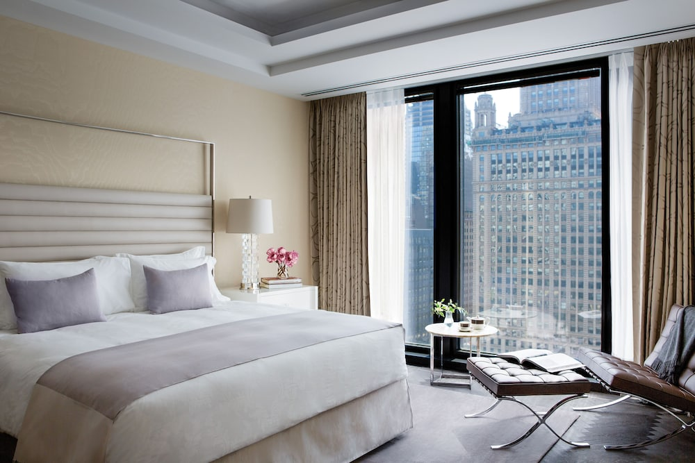 The langham chicago chicago il 330 north wabash 60611 Hotels with 2 bedroom suites in chicago
