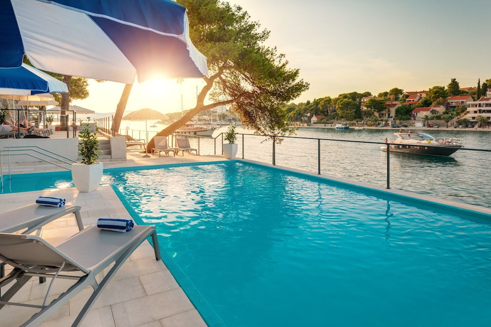 Outdoor Pool, Hotel Milna Osam - Adults only
