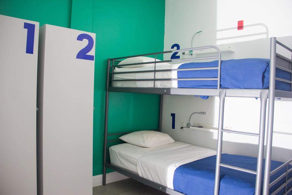 Miami Beach International Hostel 1 5 Out Of 0 Airport Shuttle Lobby Guestroom