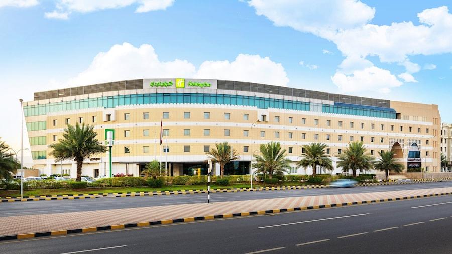 Holiday Inn Muscat Al Seeb, an IHG Hotel