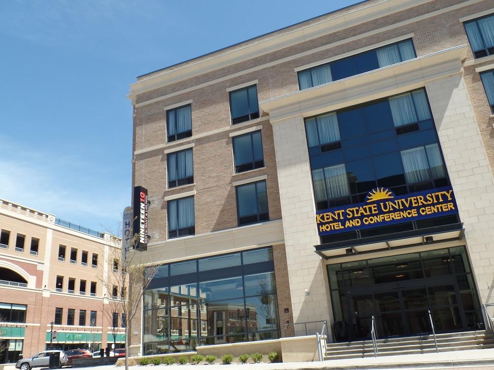 kent state university hotel and conference center akron. Black Bedroom Furniture Sets. Home Design Ideas