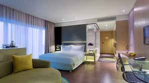 1 間臥室、高級寢具、迷你吧、房內夾萬