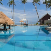 Saletoga Sands Resorts