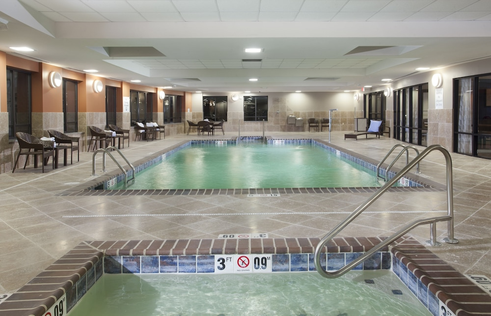 Indoor Pool, Holiday Inn Express Hotel & Suites Morgan City Tiger Island