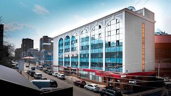 【ウラジオストク】出張利用で、ウラジオストク駅近の3つ星ホテルを教えてください。