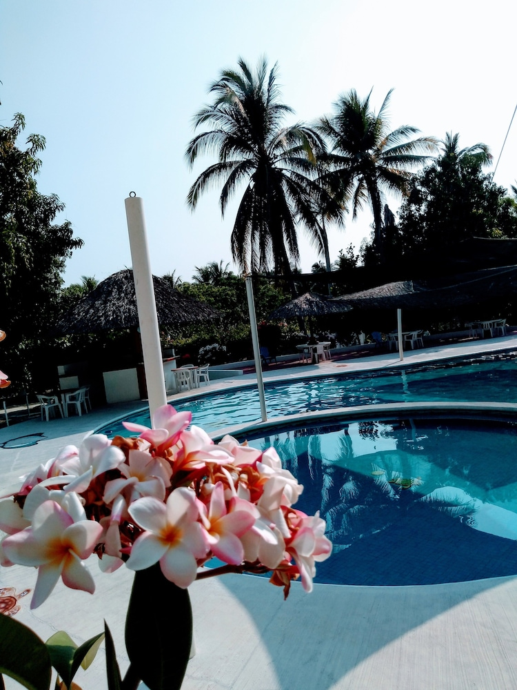 Outdoor Pool, Hotel & Club Campestre Altos Paraiso