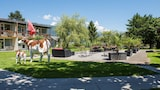 Alpine-Inn by Jungfrau Hotel - Wilderswil Hotels