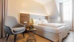 Allergikerbettwaren, Daunenbettdecken, Minibar, Zimmersafe