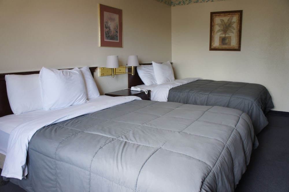 Room, First Inn of Pagosa