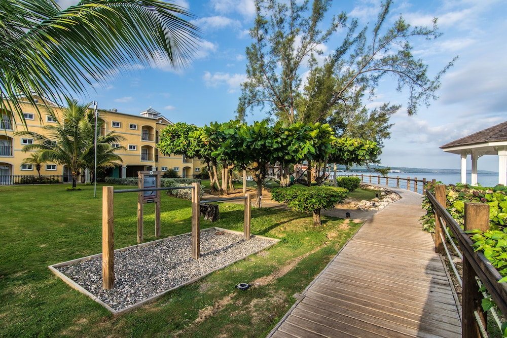 Property Amenity, Jewel Paradise Cove Adult Beach Resort & Spa – All Inclusive