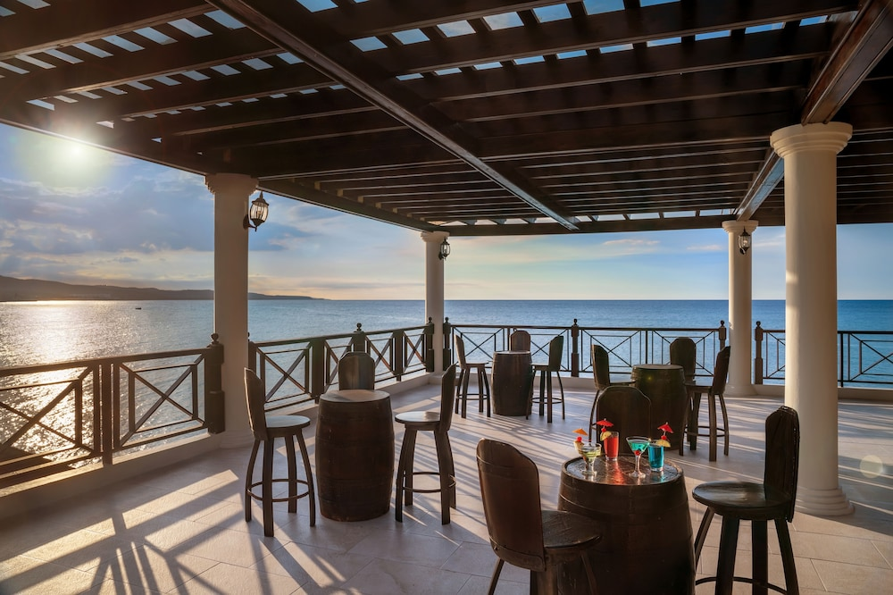 Restaurant, Jewel Paradise Cove Adult Beach Resort & Spa – All Inclusive