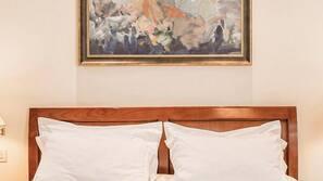 Minibar, coffre-forts dans les chambres, décoration personnalisée