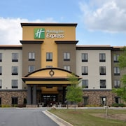 Holiday Inn Express Perry-National Fairground Area