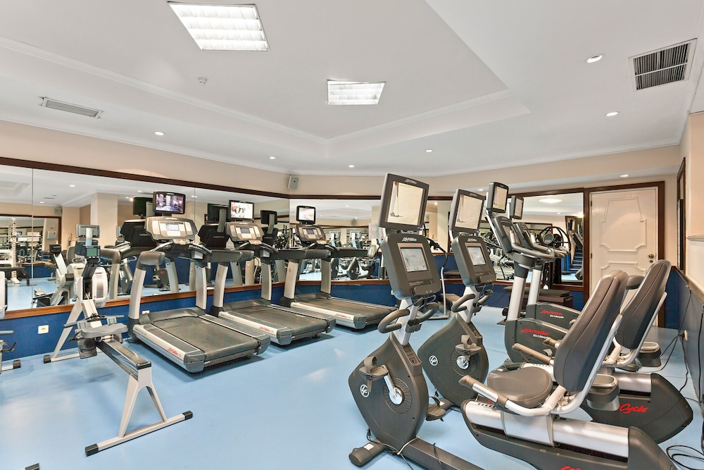 Fitness Facility, Four Seasons Country Club